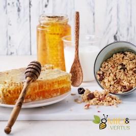 Cuillère à miel liquide en bois pour le petit déjeuner